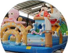 充气城堡/水上乐园儿童游乐设备厂家-红升游乐设备原材料选择国际环保材料